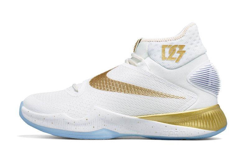 Check Out Draymond Green\u0027s Nike Zoom HyperRev 2016 For Tonight\u0027s Game