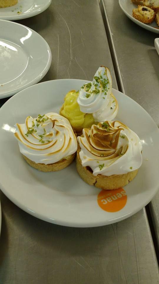 Torta de limão Diet. Na aula de Gastronomia do Senac