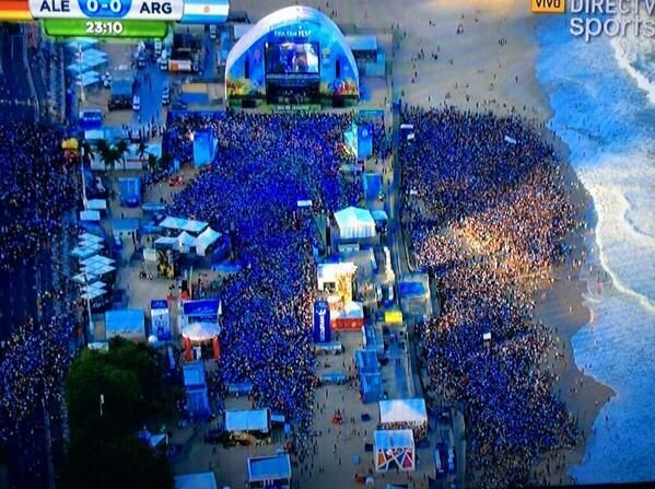 Green Gold Army On Twitter World Cup 2014 I Love The World Copacabana