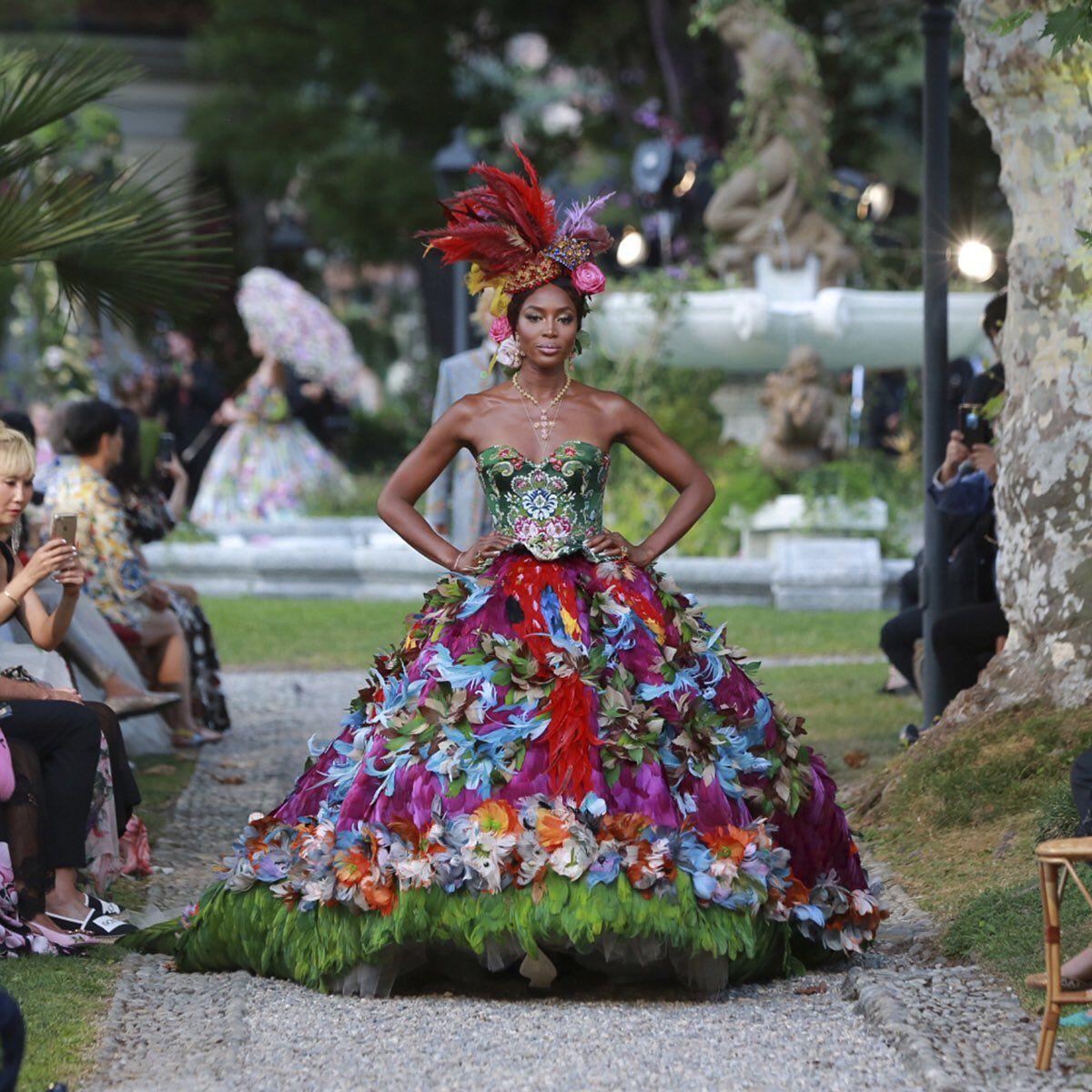 Naomi Campbell Walks For The Dolce&Gabbana Alta Moda