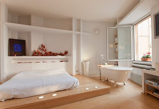 Bath In Bedroom (from Myromanapartment.com)
