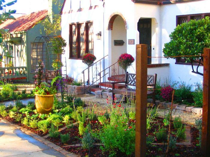 kleine rote blumen und ein topf schöne vorgärten, kleiner, Gartenarbeit ideen