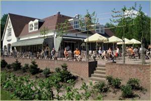Landgoed Bosch en Duin - Udenhout. Na een wandeling in de drunese duinen, restaurant met grote speeltuin en hertenweide