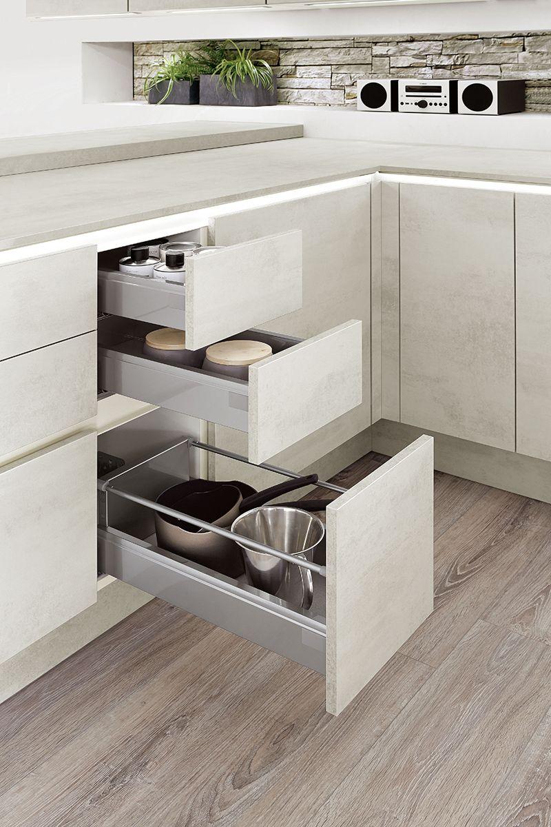 Viele Schubladen bitte! #küche #stauraum #flammemöbel  Schubladen