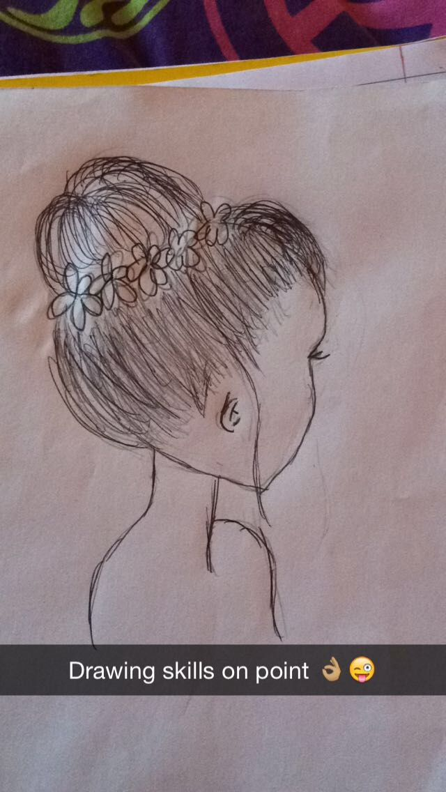 A Simple Messy Bun Drawing That Was Super Easy Drawings In 2019