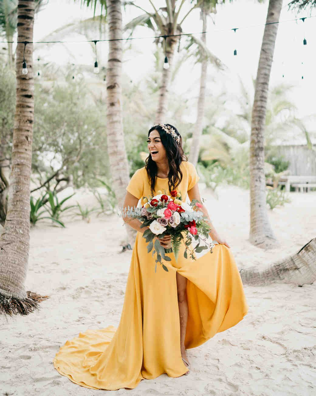 20+ Bilder für das Hochzeitskleid in Gelb – Zahlreiche Nuancen