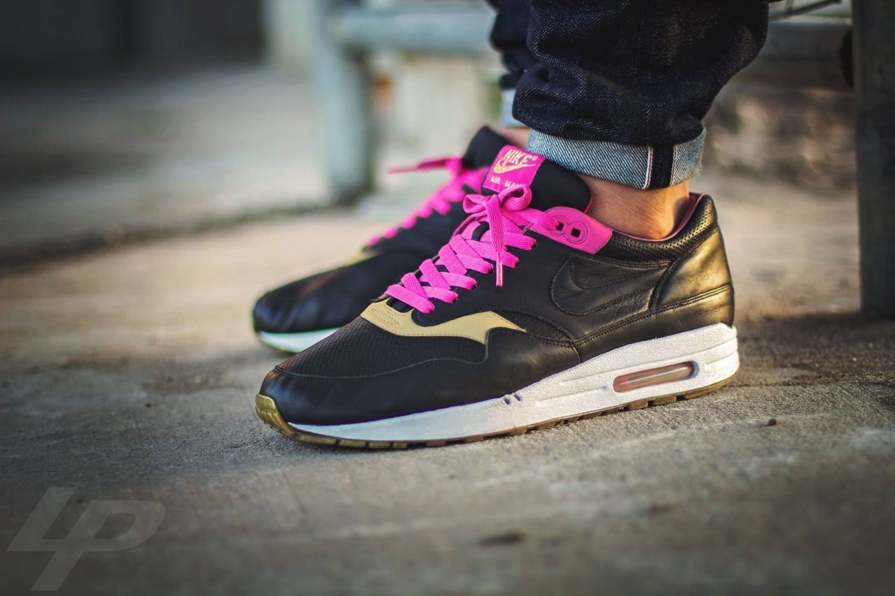 """2059228006 ... sweetsoles """"Nike Air Max 1 Kid Robot (by Liam Parsons) ..."""