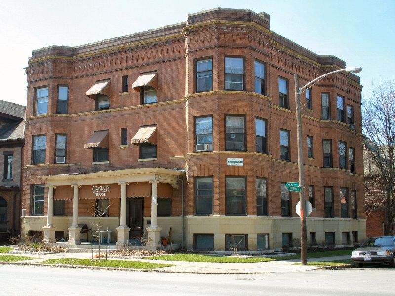 Gordon House Apartment And Property Rental Columbus Ohio Commercial Buildings For Sale Renting A House Columbus Ohio