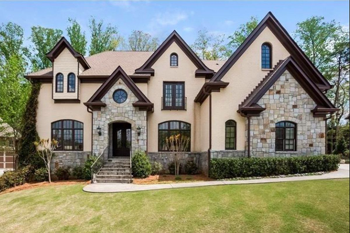 If You Need To Sell Your House Fast In Atlanta And Surrounding Areas We D Like To Make You A Fair All Cash O Sell My House Fast Sell My House Expensive Houses