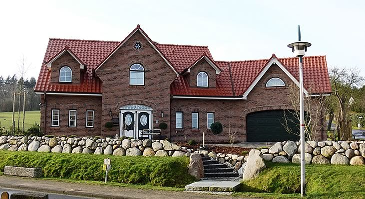 Tolle Gauben Haus Landhaus Architektur
