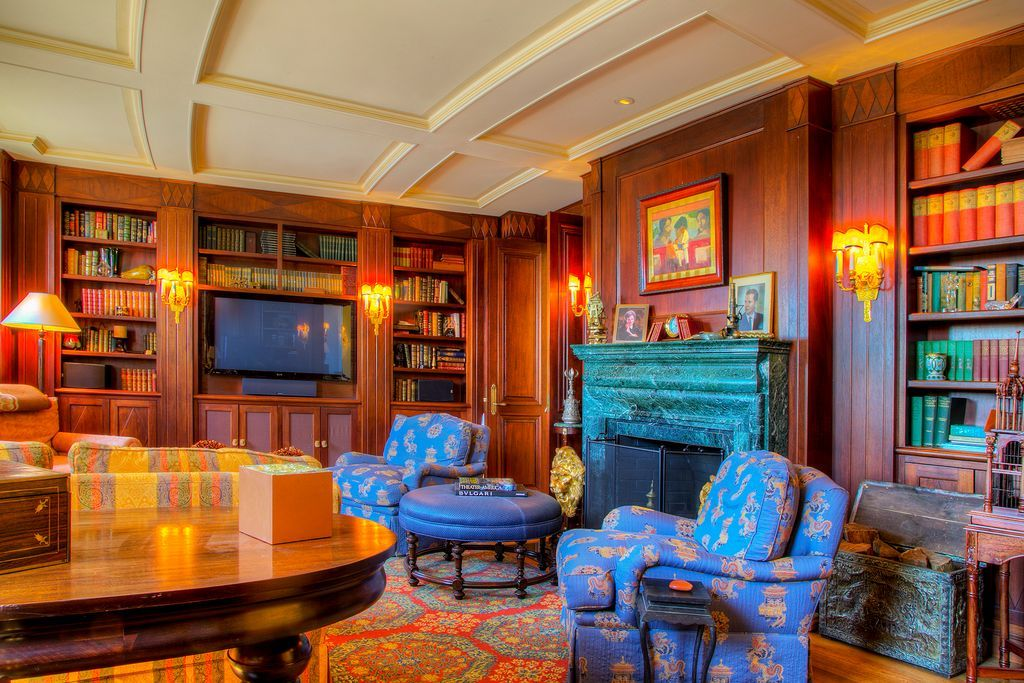 254 Ocean Ave Newport Ri 02840 Mls 1135255 Zillow Home Office Design Home Libraries Mansions