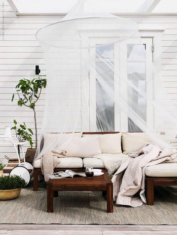 10 idee per arredare un terrazzo da sogno ma economico