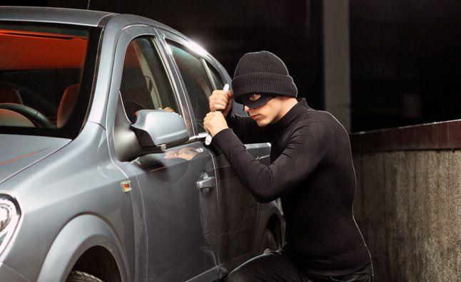 5 Reasons You Need A Vehicle Fleet Management Gps Vehicle Tracking Vehicle Tracking System Vehicles