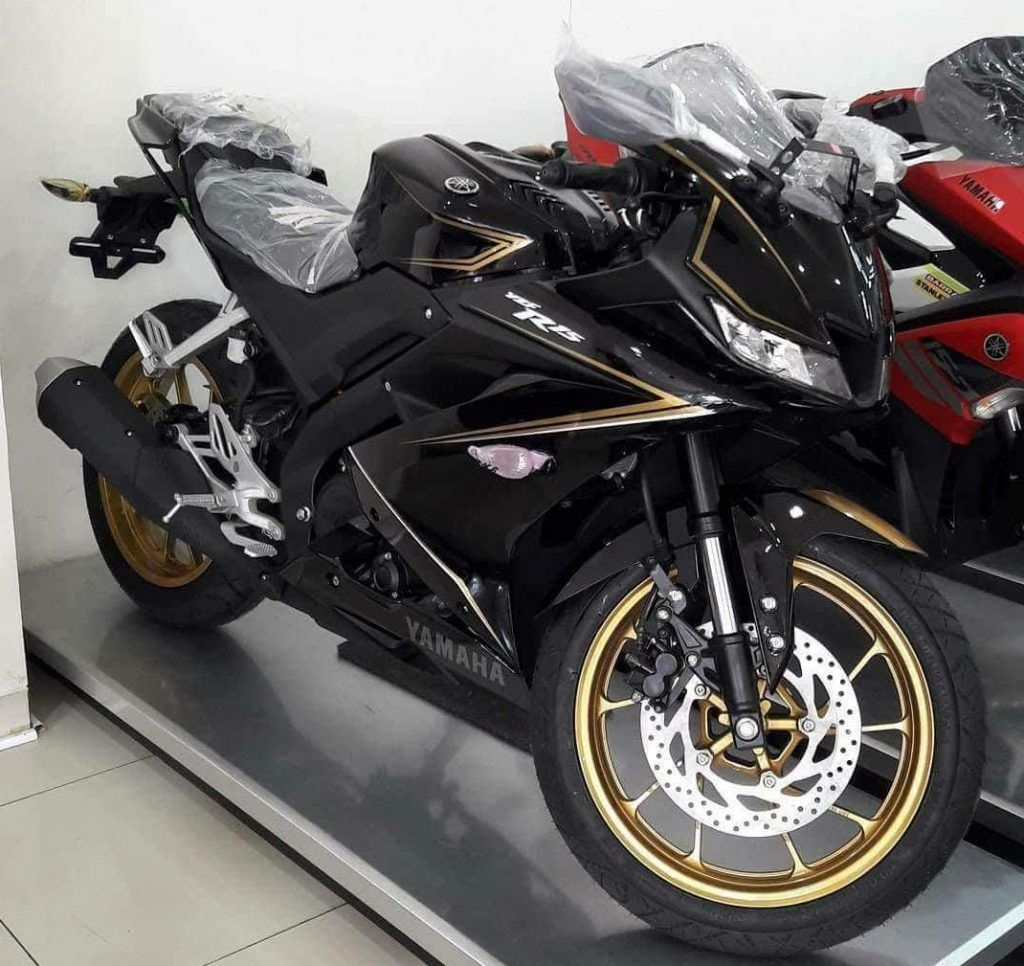 Yamaha R15 V3 0 Dealer Special Edition Spotted In Indonesia