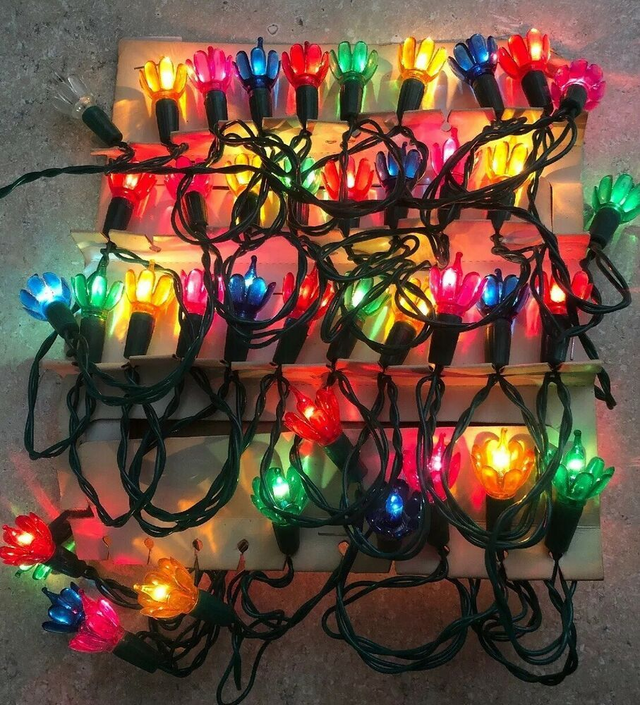 Vtg Christmas Lights W Flower Petal Reflectors Christmas Queen Multicolor 50ct Ebay Christmas Lights Pink Christmas Vintage Christmas