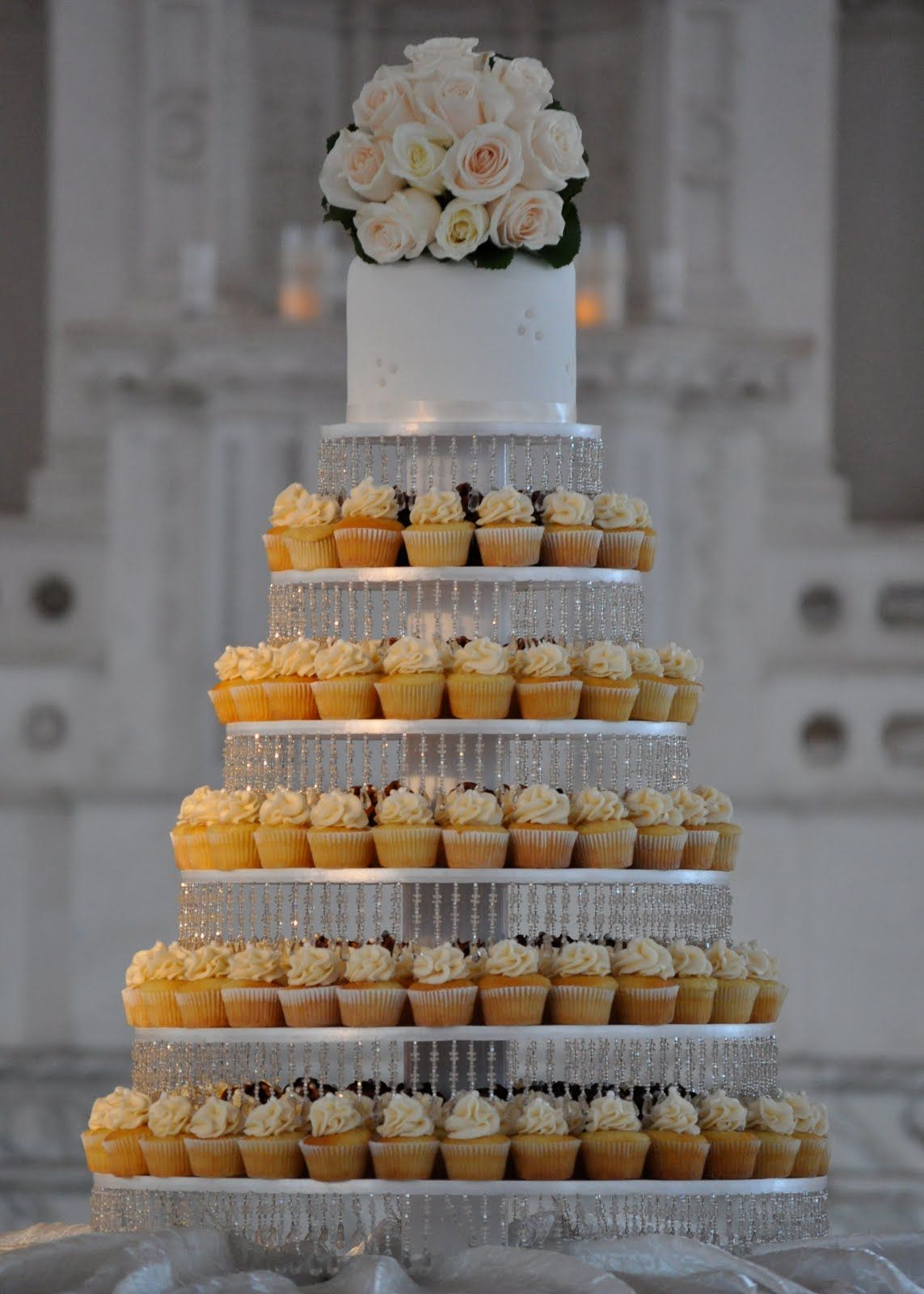 I Would Love To Handcraft And Miniature White Wedding Cupcakes For All Occasions Really Pretty Liners With Subtle Designs Pearl