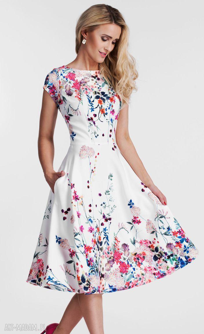 Sukienki Sukienka Klara Total Midi Otylia Rozkloszowana Kwiaty Kieszenie Ubrania Kolorowe Biale Livia Clue Fashion Casual Dress Dresses