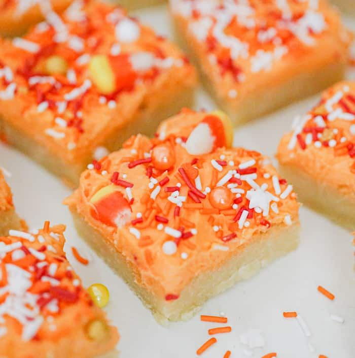 Harvest Frosted Sugar Cookie Bars  These Harvest Frosted Sugar Cookie Bars are basically soft chewy sugar cookies transformed into cookie bar form and decorated with a or...