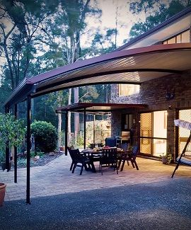 Stratco Outback Curved Roof