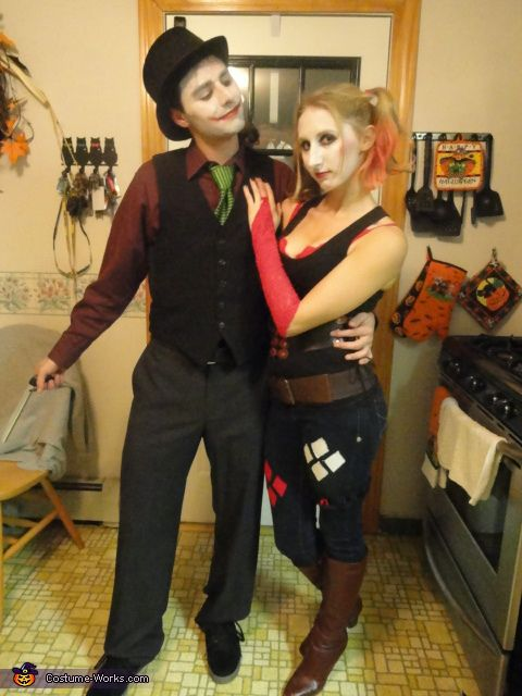 Joker u0026 Harley Quinn Costumes u003c3 2012 Halloween Costume Contest  sc 1 st  Pinterest & Joker u0026 Harley Quinn - Halloween Costume Contest at Costume-Works ...