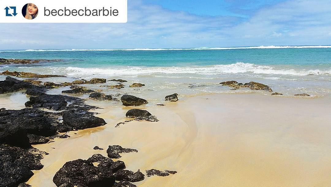 #Repost @becbecbarbie  Where I'd rather be  #holidays #takemeback #griffithsisland #portfairy #destinationportfairy #love3284 #dpf3284 #australia #photography #beach #view #landscape #sunshine by destinationportfairy