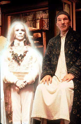 Joel Grey The Ghost Of Christmas Past Patrick Stewart Ebenezer Scrooge Christmas Past Ghost Of Christmas Past Christmas Carol