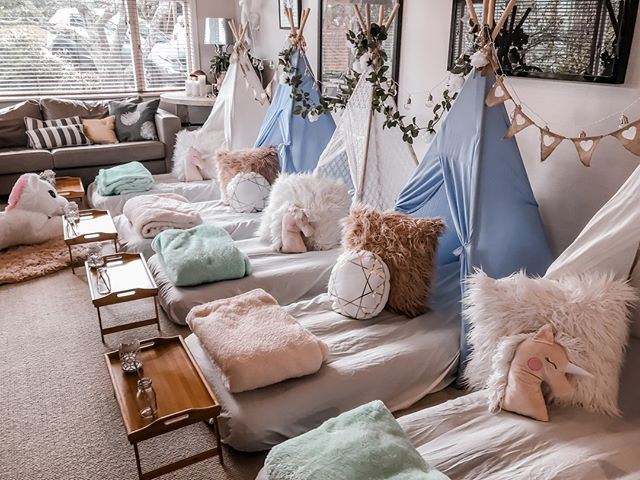 How Much Do You Love This Dreamy Set Up From Our Auckland Joy Co Event Stylist A Sleepover Fit Sleepover Party Glamping Birthday Party Teenage Birthday Party
