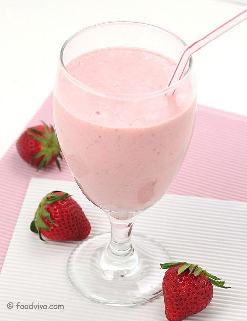 How to make a strawberry milkshake using ice cream