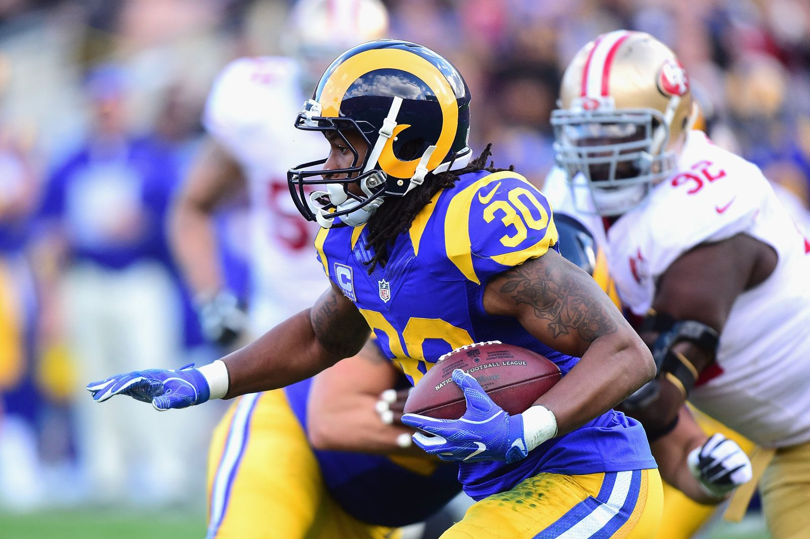 Amazon S Nfl Series Goes Inside The Huddle For A Second Season