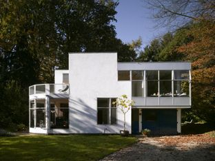 Hildebrand house by gerrit rietveld architecture for Architect moderne stijl