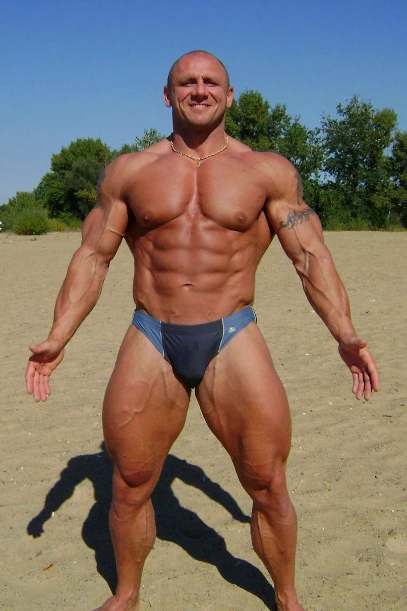 Enormous muscular russian