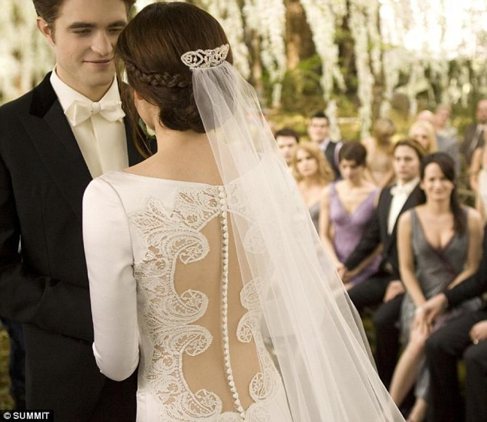 Bella's wedding dress in breaking dawn  I had to pin this LOVE the back  Our Special Day