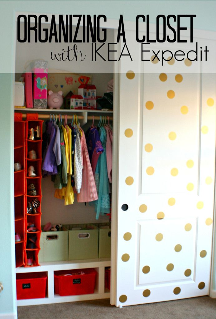 Use An IKEA Expedit In A Childu0027s Closet To Organize All Of Their Toys!