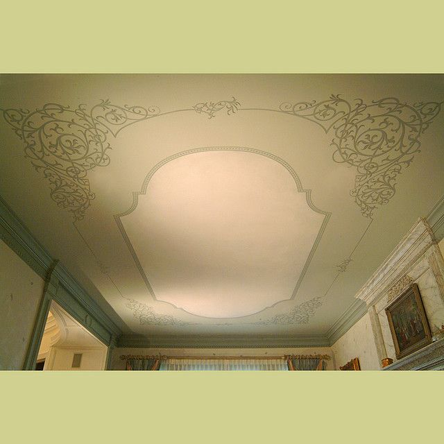 Stenciled ceiling in Dining Room. Elegant wall designs by Cutting ...
