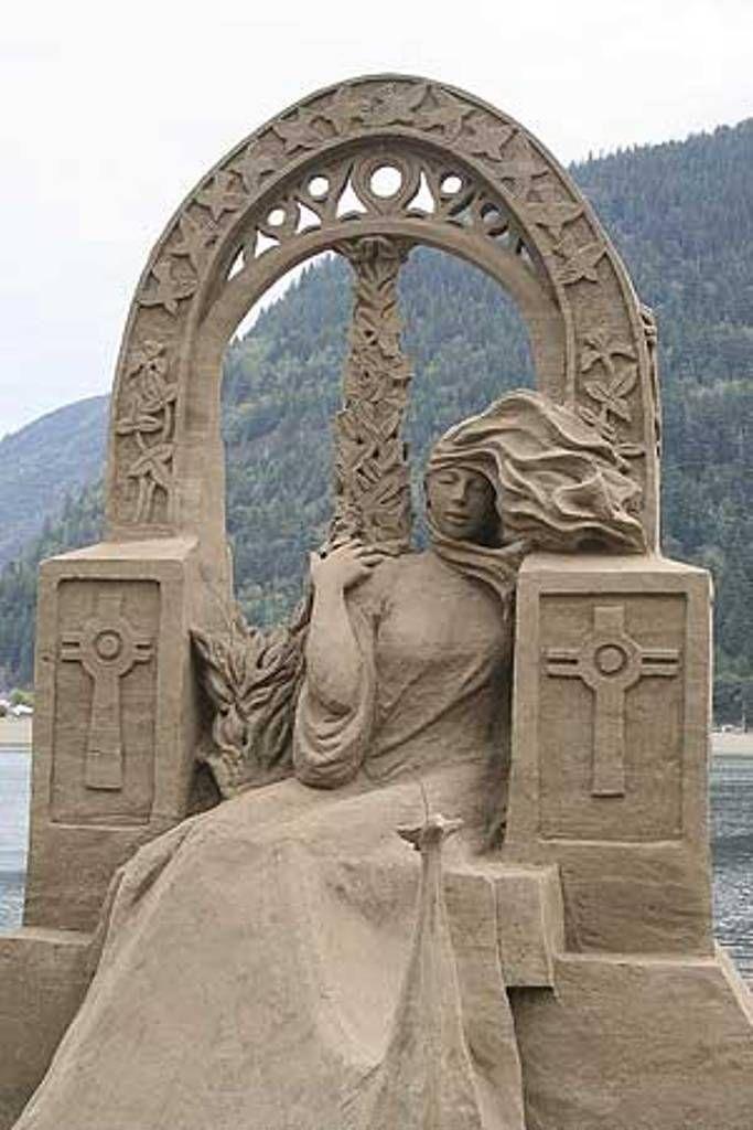 gorgeous sand art