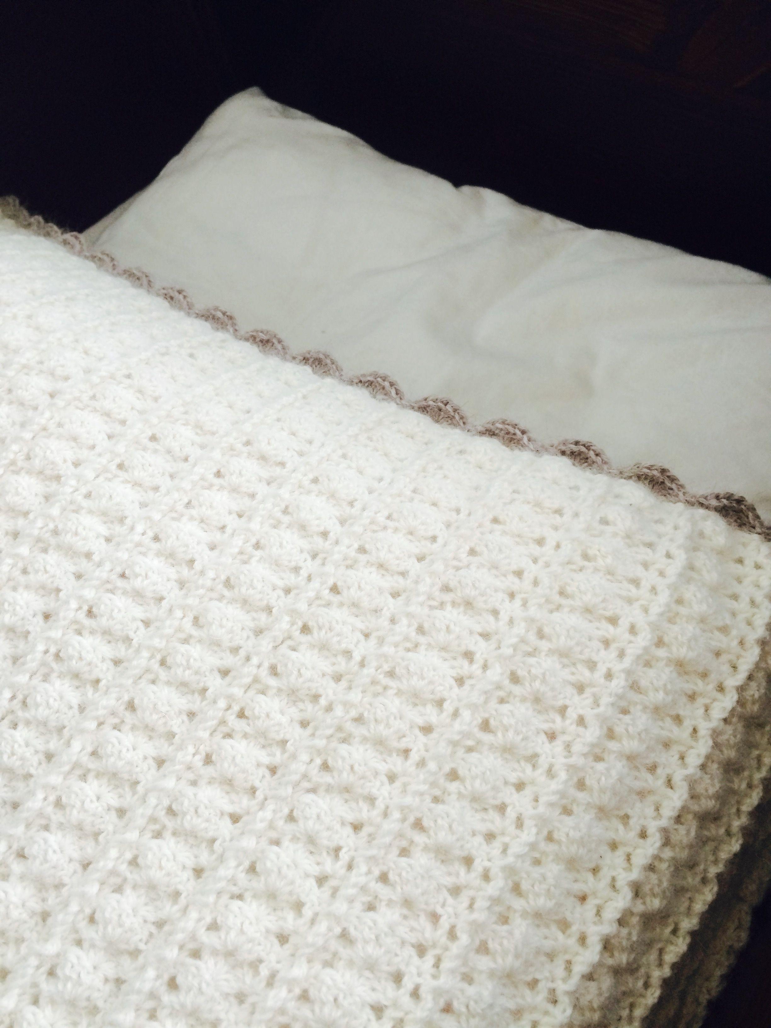 Verdens finest babyteppe ❤️❤️❤️ gratis oppskrift!  #crochet #hekling
