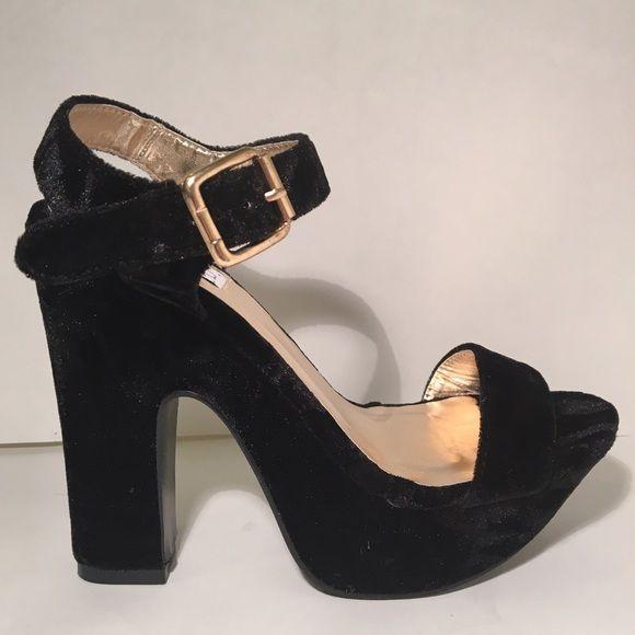 Kerol D. Cosmica Velvet Ankle Strap Heels in Black Brand new, never worn! Features velvet all over and ankle straps. No longer in stock online. Kerol D. Apparel Shoes Heels