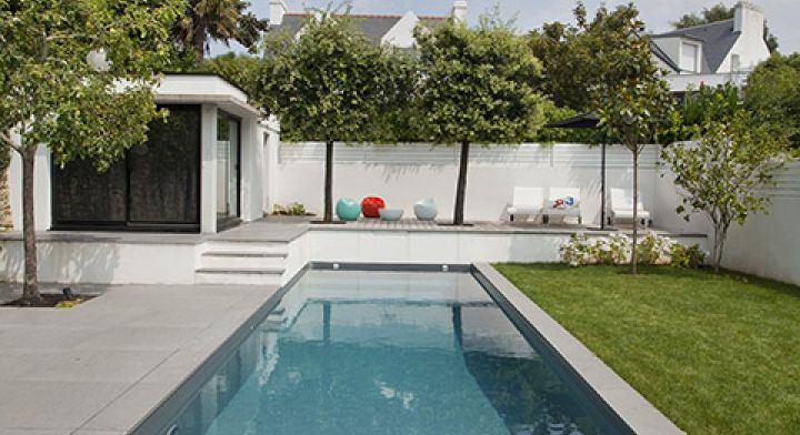 Un couloir de nage urbain piscine ville jardin for Jardin urbain