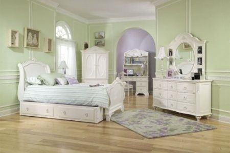 Tells How To Achieve A French Bedroom Decor Themed Room DIY And - Achieve french country style