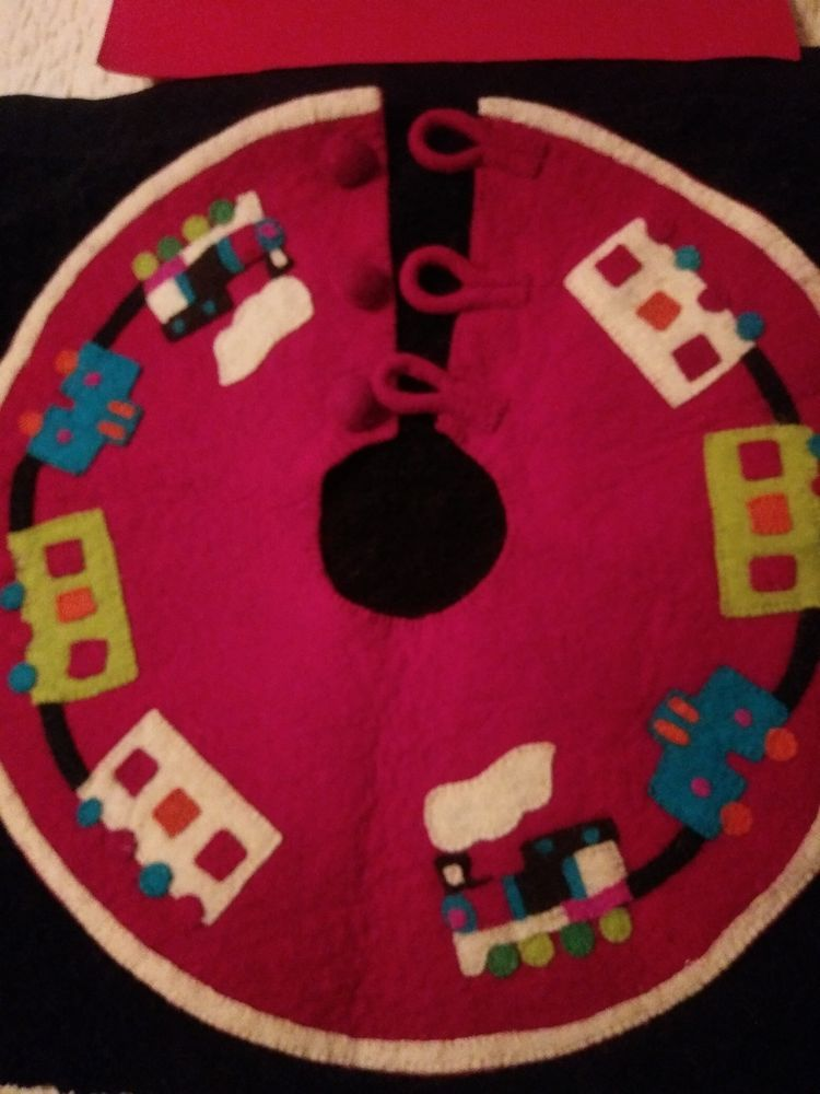 Arcadia Home Heirloom Coll Xmas Tree Skirt Small Size 22 Diam Choo Train