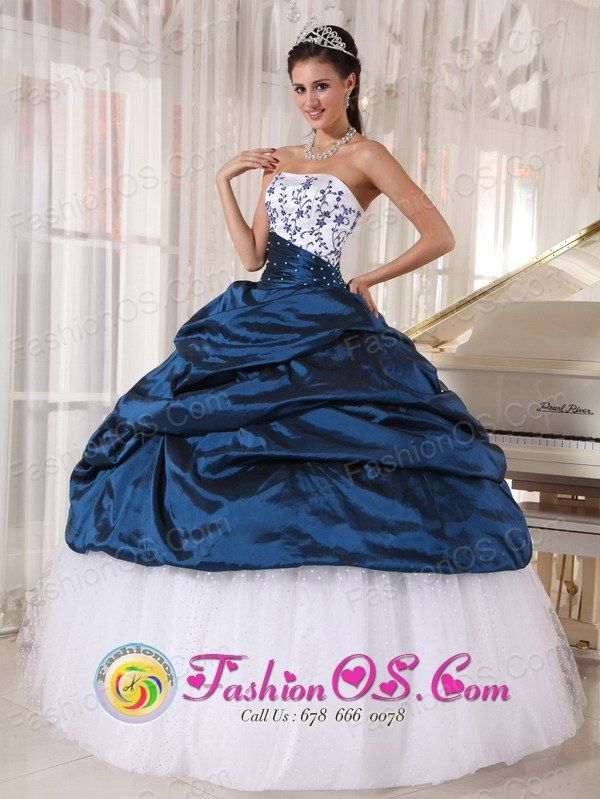 http://www.fashionor.com/Cheap-Quinceanera-Dresses-c-6.html  Teal Exclusive awesome Quinceanera gowns   Teal Exclusive awesome Quinceanera gowns   Teal Exclusive awesome Quinceanera gowns