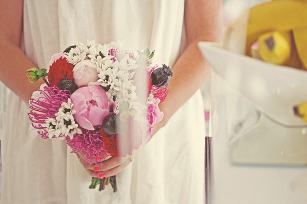 feather love. noa azoulay-sclater. portrait. wedding