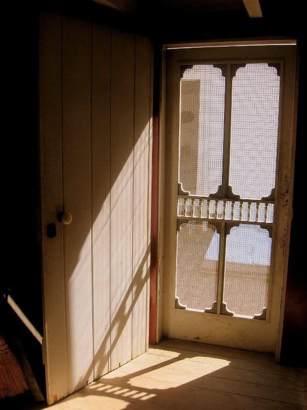 Pictures Of Old Screen Doors Love The Sound Of An Old Screen Door