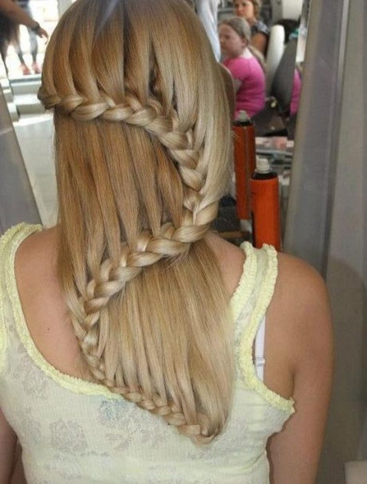 Pinterest Hairstyles any time we need hairstyle ideas we turn to pinterest because duh thousands of braids and updos wait to be discovered Pintrest Hair Styles Pinteresting Pictures For Pinterest