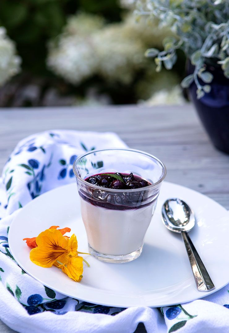 Buttermilk Panna Cotta With Michigan Blueberry Sauce Recipe Italian Food Forever Favorites Blueberry Sauce Food Italian Recipes