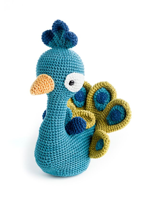 Leopold The Peacock By Pica Pau Pattern In Zoomigurumi 5