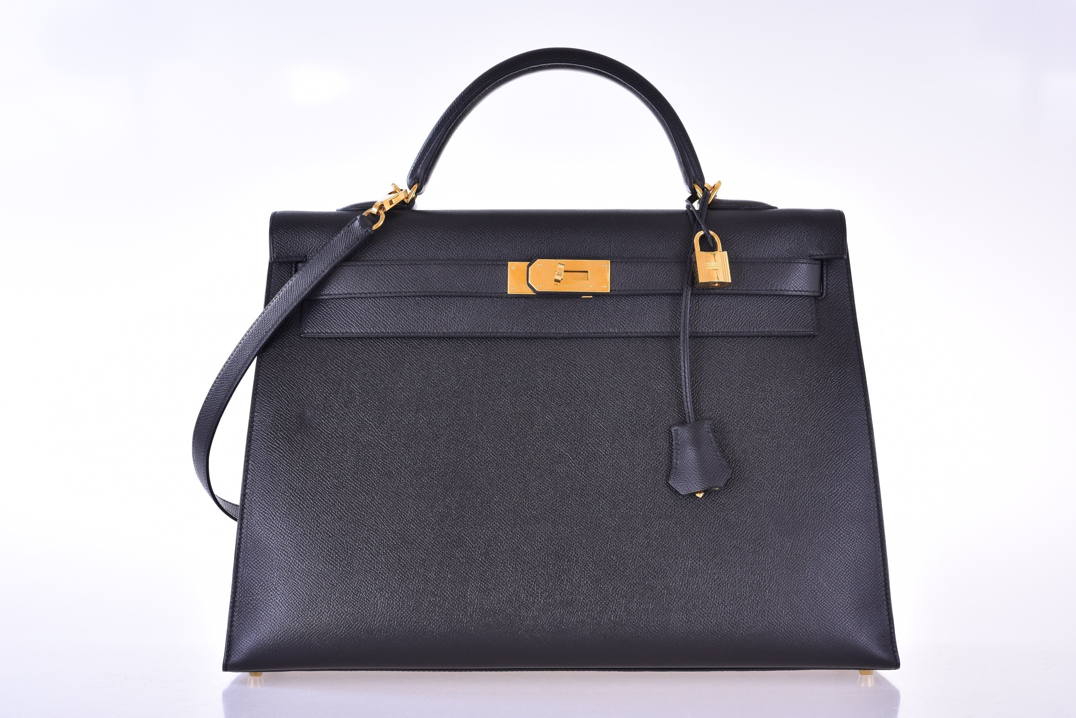6983bbe2a304 Hermes Kelly 40CM Black Epsom Gold Hardware -  18900 - Excellent Condition  This 40cm Sellier Kelly bag by Herms in Black Epsom Leather and features a  top ...