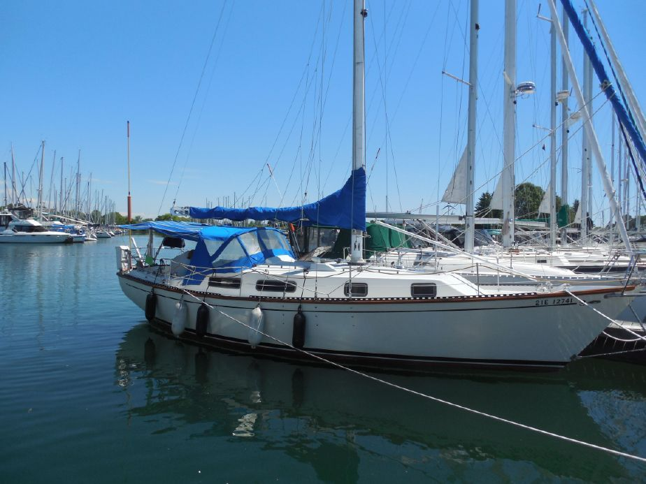 1977 Cabot 36 Sail Boat For Sale - www.yachtworld.com