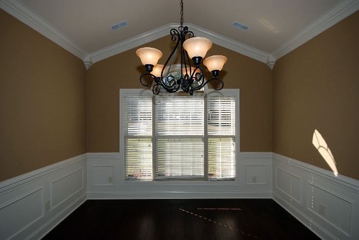 Crown Molding On A Vaulted Ceiling Corners Look Nice Crown