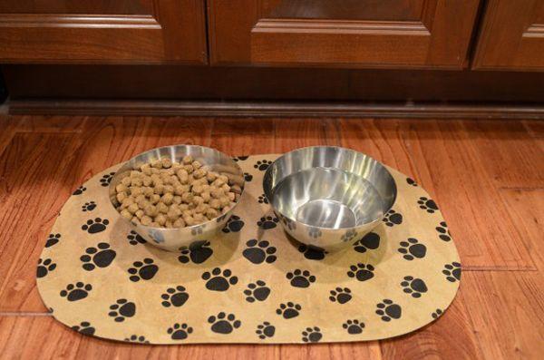 Diy Pet Food Mat Using A Dollar Store Placemat Mod Podge Rocks Pet Food Mat Food Animals Dog Food Recipes
